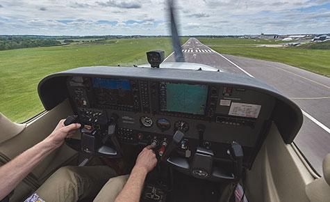Cessna 172 cockpit final
