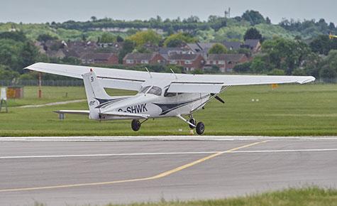 Cessna 172 touchdown