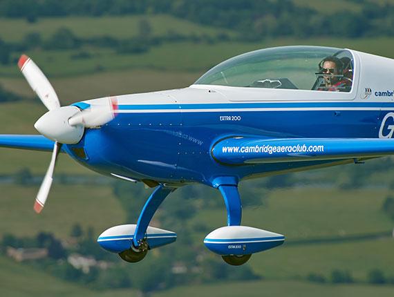 Extra 200 in flight