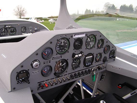 Extra 200 rear cockpit