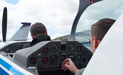 Instructor and student in the Extra 200